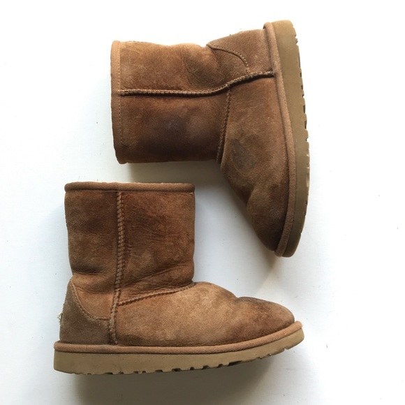 UGG Other - Classic Short II Water Resistant Genuine Shearling
